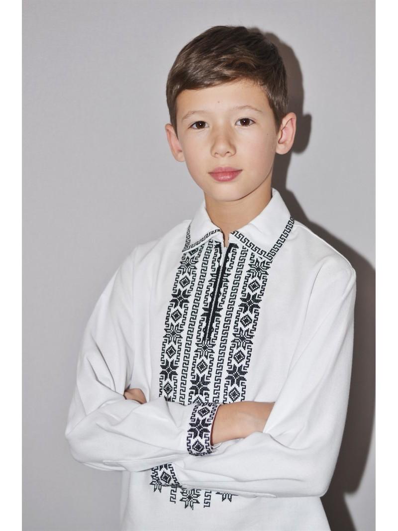 28ed6093566197 Українська сорочка вишита для хлопчика Монохром фото. Українська ...