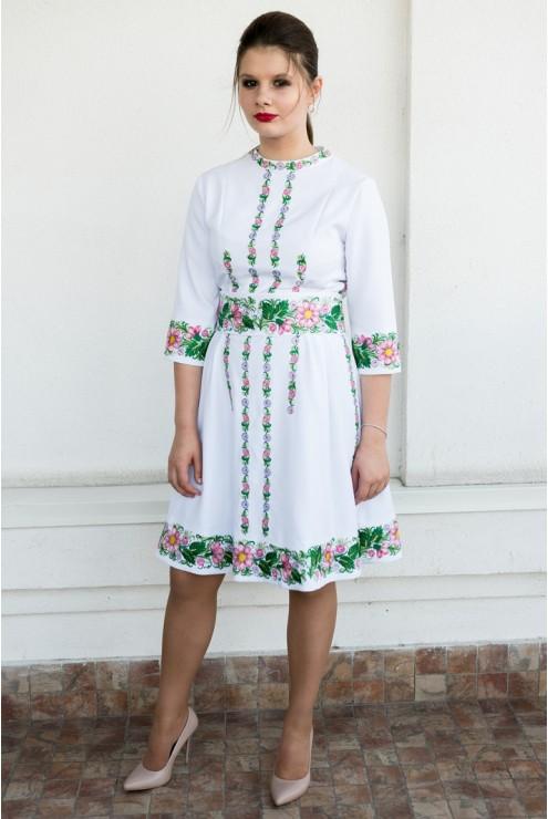 купити Українське жіноче плаття з вишивкою 1831 ціна b738a0f8fd394