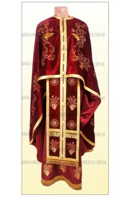 Вышитая одежда для священников Ф37 велюр вишневый фото
