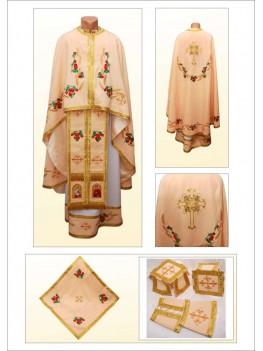 Одяг для священників вишитий Ф84 персиковий