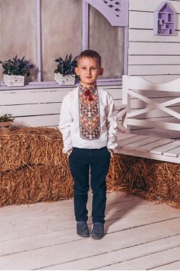 Вишита бісером сорочка для хлопчика 08 фото