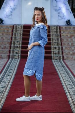 Плаття вишите вільного стилю