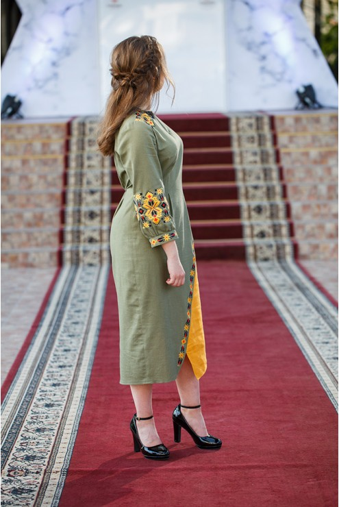 Плаття-вишиванка Оранжева олива